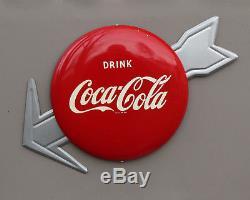 1950s NOS 12 COCA COLA BUTTON SIGN with ARROW & Bracket Coke
