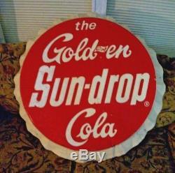 1965 The Gold-en Sun Drop Cola Soda Pop Gas Station 33 Embossed Cap Metal Sign