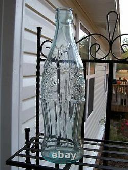 Coca Cola Coke 20 Embossed Christmas Display Bottle with Original Box