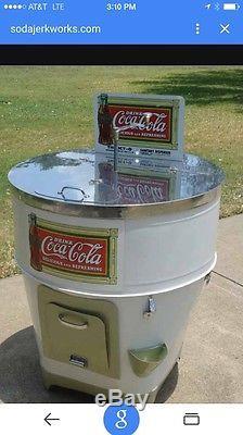 Icy-O Icy O Soda Cooler Coke Coca Cola Nugrape Pop Caps Vintage Antique Signs