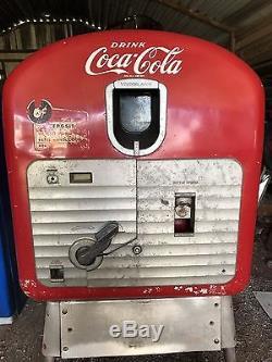 Original Coca-Cola Machine Late 1940's To Early 1950's
