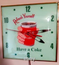 RARE Coca Cola PAM Clock REFRESH YOURSELF Hand Holding Cup Lighted Clock Sign