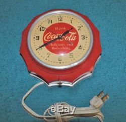 Rare Antique Original 1950's Coca Cola advertising Bakelite Clock Sign Nice