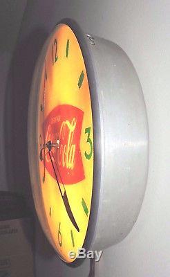 Rare Original 1950's Coca Cola Bubble Glass advertising Clock Sign! Nice