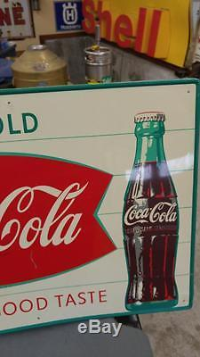 VINTAGE COCA-COLA TIN LITHO SOGT'FISHTAIL' MCA SIGN With BOTTLE-20x28-NICE