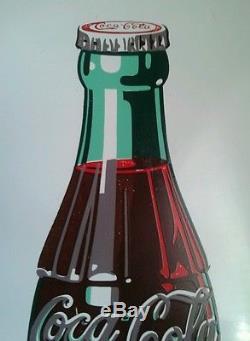 Vintage 1950's Rare White Coca Cola 24 Button with Coke Bottle