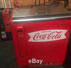 Vintage 1950s COCA COLA SODA FOUNTAIN Pop Machine COOLER Glasco GBV-50 SIGN COKE